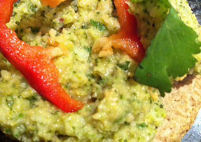 Read more about the article Broccoli & Mint Hummus